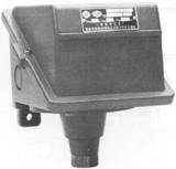 上海远东仪表厂145105531多值压力控制器/压力开关/D500/6D三设定值0.3-6.3MPa