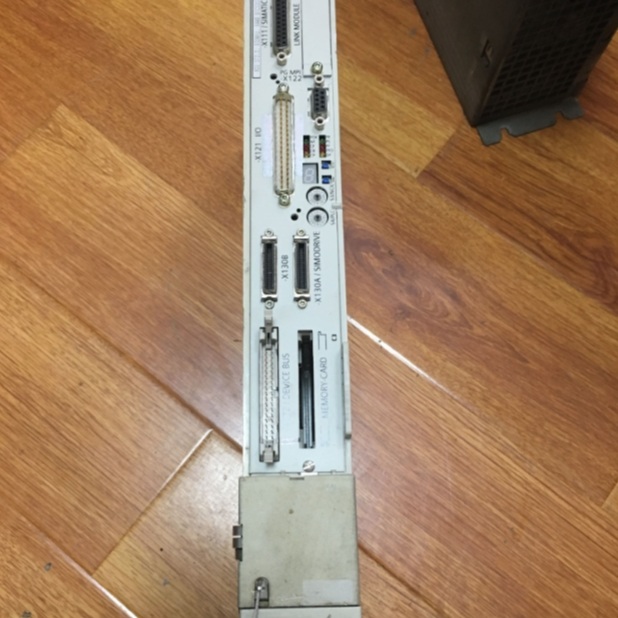 五轴机床西门子840D系统控制器显示3