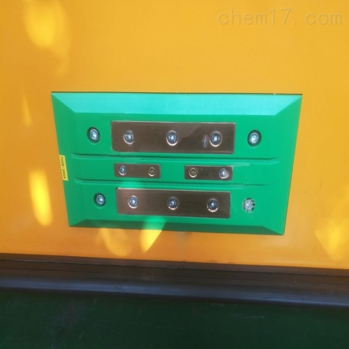 AGV自动导航小车自动充电刷装置规格多样