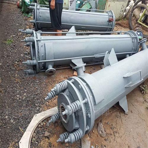 工厂停用二手石墨冷凝器减价出售